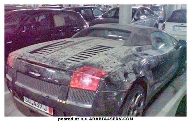 صور-سيارات-غالية-وكلاسيكية-نادرة-و-خارقة-تم-اهمالها-في-دبي-1