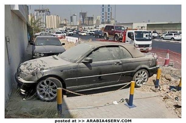 صور-سيارات-غالية-وكلاسيكية-نادرة-و-خارقة-تم-اهمالها-في-دبي-13