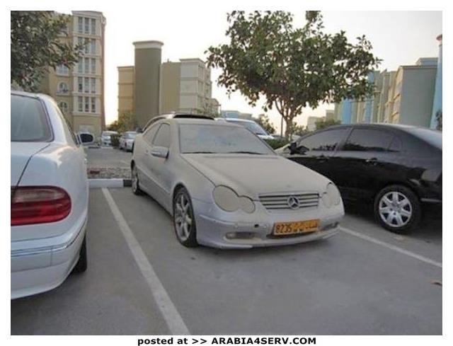 صور-سيارات-غالية-وكلاسيكية-نادرة-و-خارقة-تم-اهمالها-في-دبي-22
