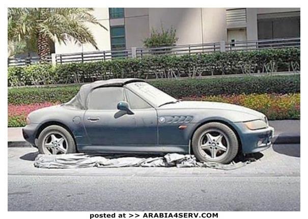 صور-سيارات-غالية-وكلاسيكية-نادرة-و-خارقة-تم-اهمالها-في-دبي-23