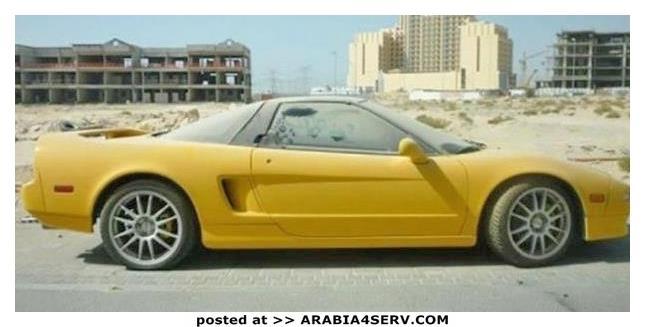 صور-سيارات-غالية-وكلاسيكية-نادرة-و-خارقة-تم-اهمالها-في-دبي-27