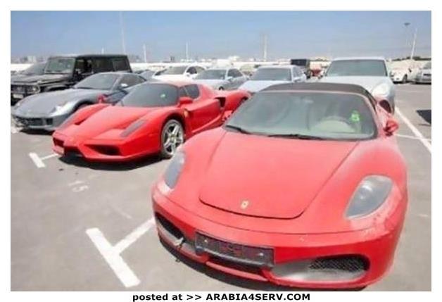 صور-سيارات-غالية-وكلاسيكية-نادرة-و-خارقة-تم-اهمالها-في-دبي-28