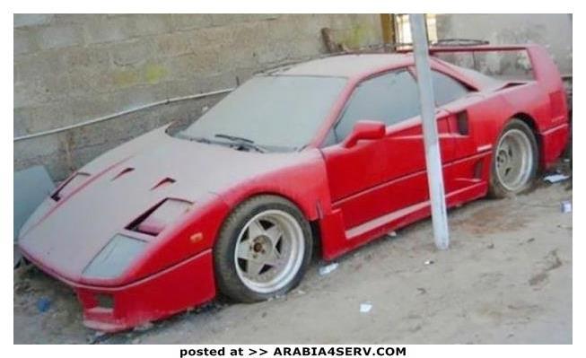 صور-سيارات-غالية-وكلاسيكية-نادرة-و-خارقة-تم-اهمالها-في-دبي-34