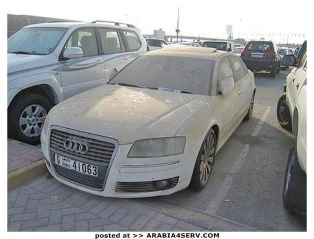 صور-سيارات-غالية-وكلاسيكية-نادرة-و-خارقة-تم-اهمالها-في-دبي-8