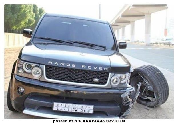 صور-سيارات-غالية-وكلاسيكية-نادرة-و-خارقة-تم-اهمالها-في-دبي-9