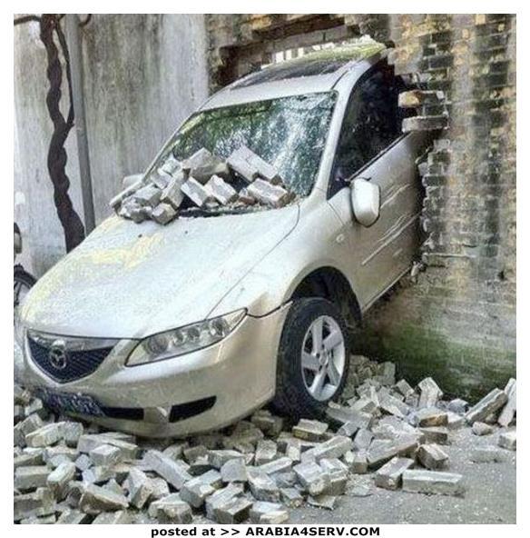 صور-حوادث-سيارات-غريبة-و-طريفة-صعب-شرحها-3