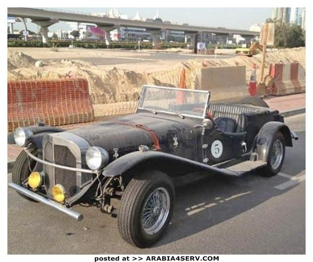صور-سيارات-غالية-وكلاسيكية-نادرة-و-خارقة-تم-اهمالها-في-دبي-37