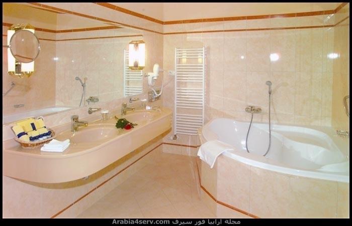 صور-حمامات-مودرن-باللون-الأبيض-11