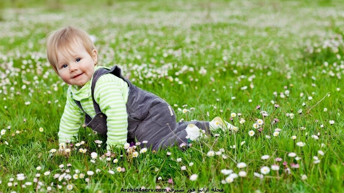 خلفيات-و-صور-اطفال-مع-الزهور-و-الورود-1