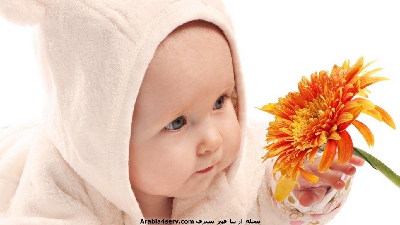 خلفيات-و-صور-اطفال-مع-الزهور-و-الورود-5