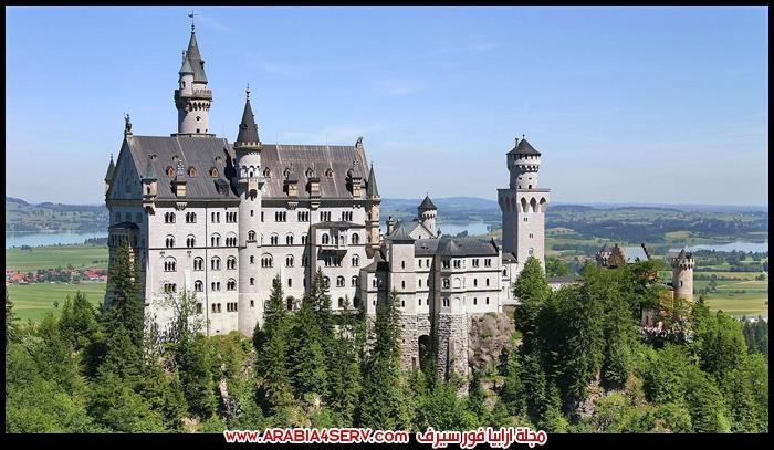 مباني-سياحية-و-تاريخية-حول-العالم-2