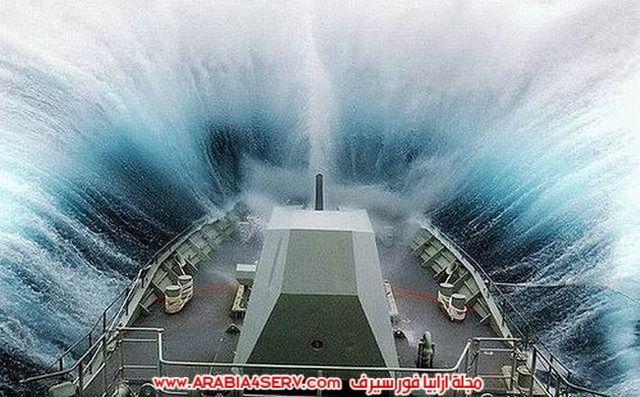 صور-سفن-تصارع-الامواج-1